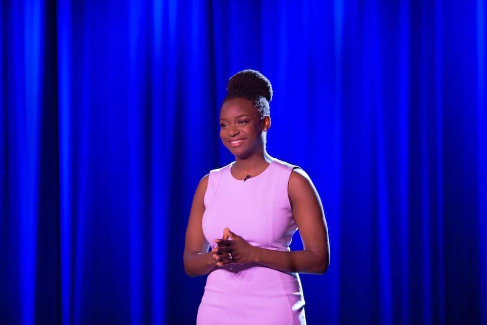 lynyetta willis, lady in pink dress standing on stage